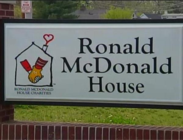 Evansville Restaurant Helping Ronald McDonald House_-732523806689310341