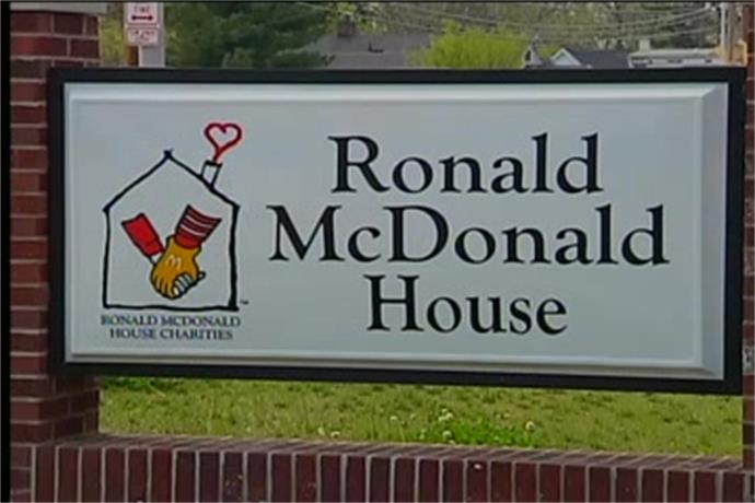 Evansville Restaurant Helping Ronald McDonald House_-732523806689310341
