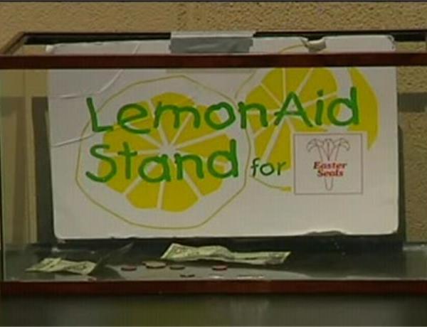 Lemonaid Stand Raises Money for Easter Seals_-6722433334660087225