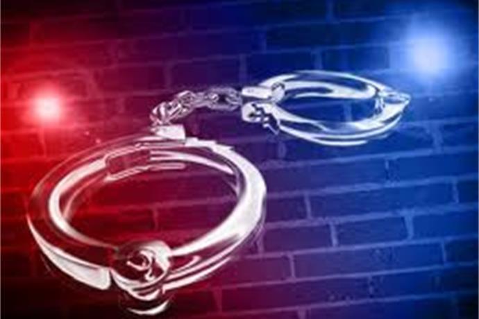 2 Arrested After 30 Ipads Were Stolen From A Kentucky School_8666965654972090403