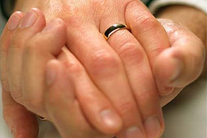 Illinois Gay Marriage Supporters Find Hope In Ruling_5232500403531169962