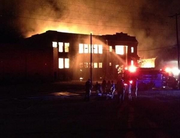 Grayville School Fire_3114226534597280633