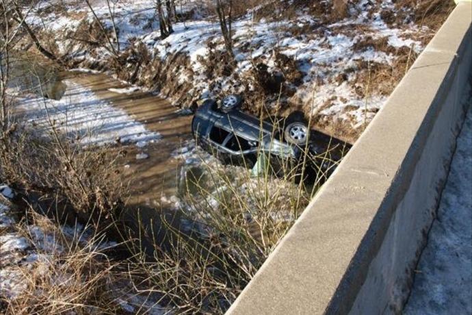SUV crash in Spencer Co_-8198402797019246750