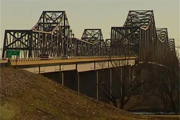 Construction to Reduce Lanes on Twin Bridges_-4297746590395052345