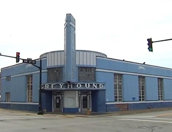 Former Greyhound Station Named New Location for Restaurant Challenge_-5037487921555684636