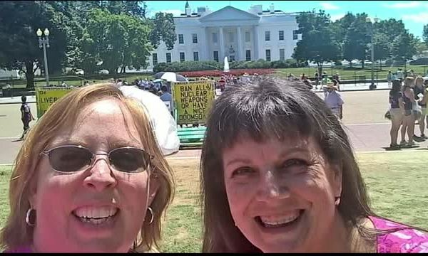 Two Women Take a Stand Against Proposed Cancer Changes_20150730160907