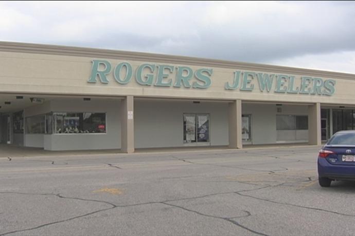 Rogers Jewelers_4608101792889850140