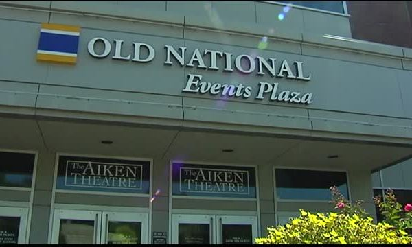 Old National Events Plaza Holds Ribbon Cutting_20150924222504
