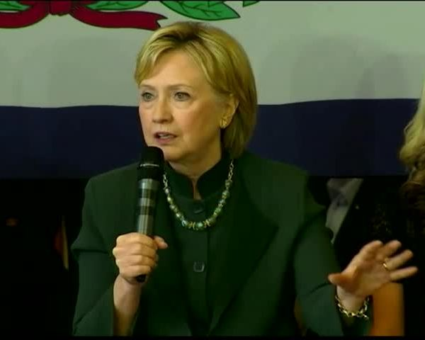 Clinton Looking Ahead to WV- KY_80455105-159532