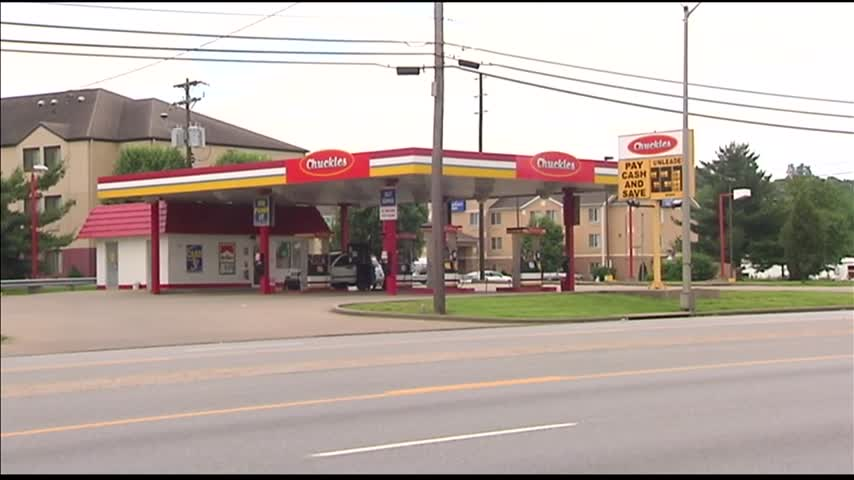 Gas Prices Move Up Ahead of Memorial Day_33156288-159532