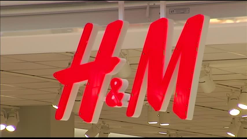 H-M Opens Evansville Store_04422769-159532