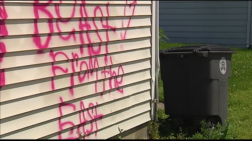 West Side Homes Hit by Graffiti_84142142-159532