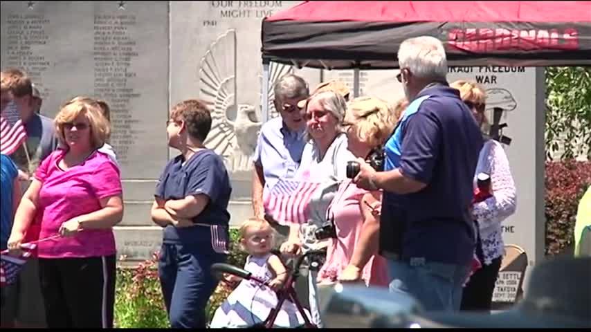 Western KY Veterans Begin Honor Flight_51297410-159532