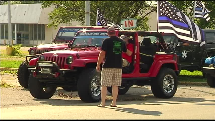 Evansville Area Jeepers Backing the Blue_62870099-159532