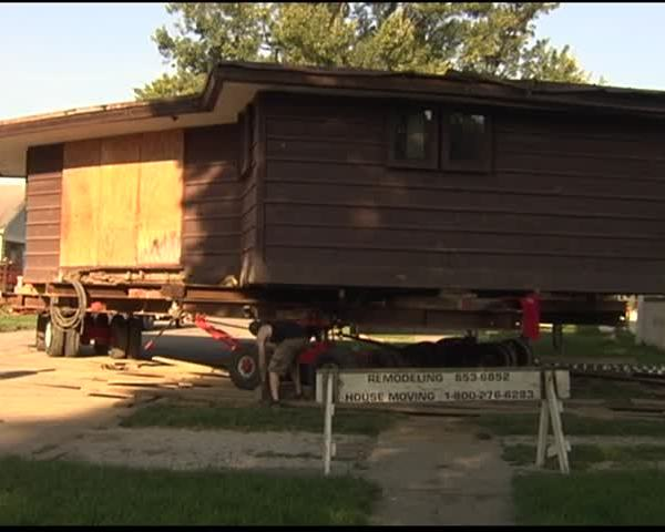 Peters-Margedant House Moves to University of Evansville_62601755-159532