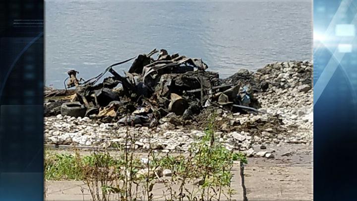 tony gray henderson car rubble_1470336572635.jpg