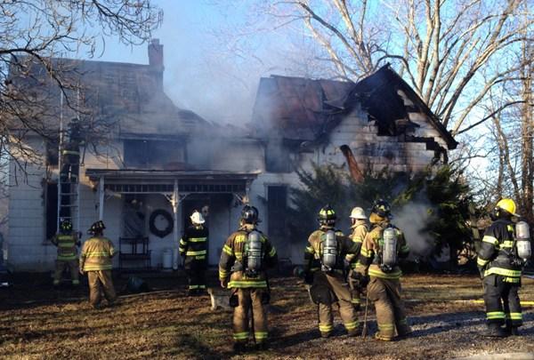 MILL RD HOUSE FIRE_1483116369754.jpg