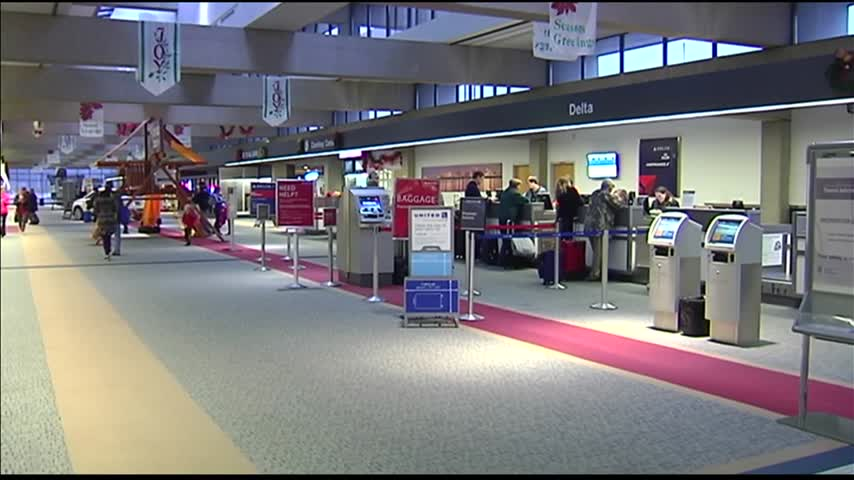 Operations Running Smoothly at Evansville Regional Airport_12651058