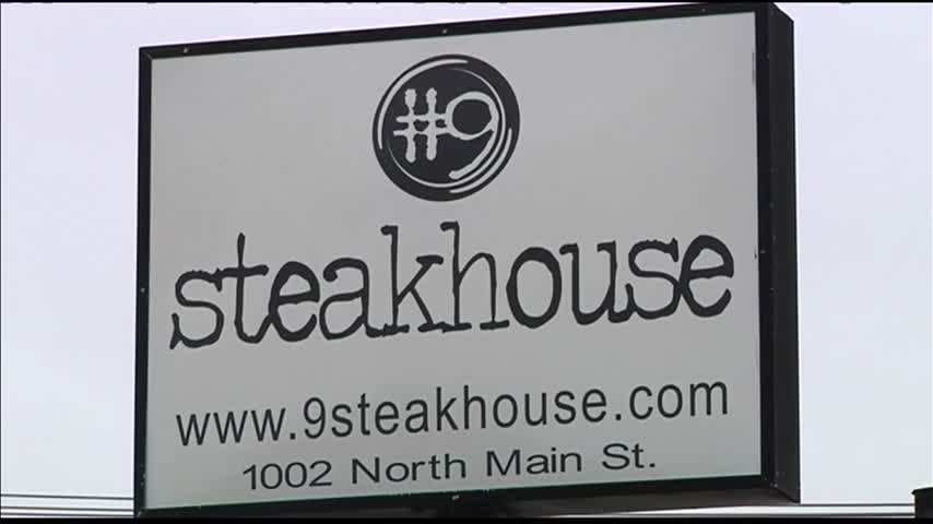 -9 Steakhouse to Close_09261284
