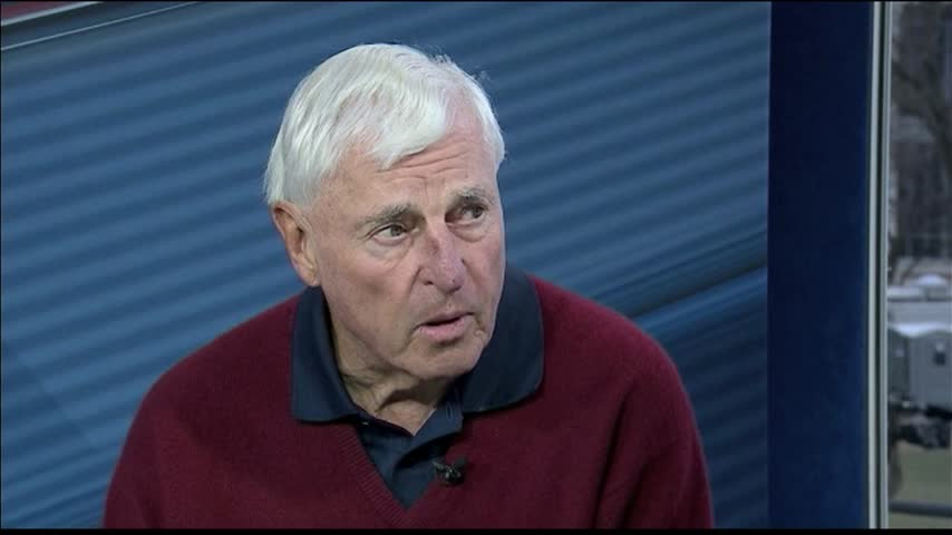 Bob Knight Believes Trump is -Perfect for the Job-_44485209