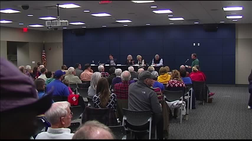 Meet Your Legislator Session Talks Gun Control_43025230