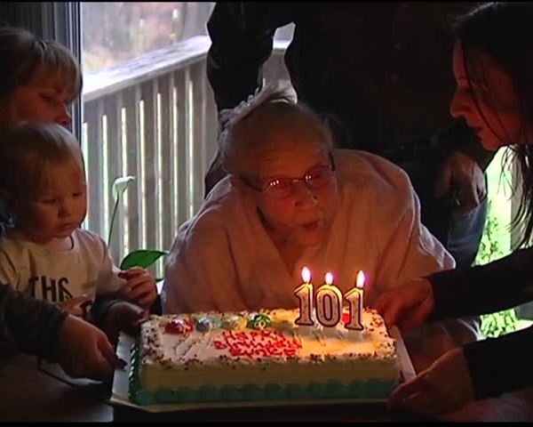 Warrick County Woman Celebrates 101 Birthday_78681138