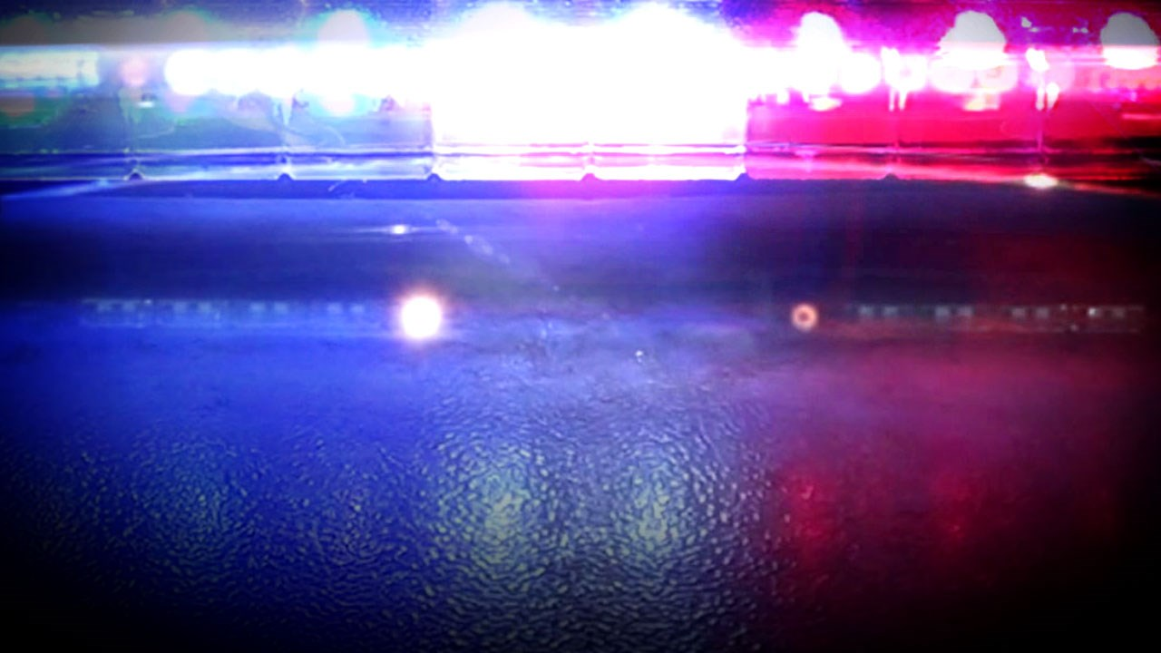 police lights generic_1472162212590.jpg