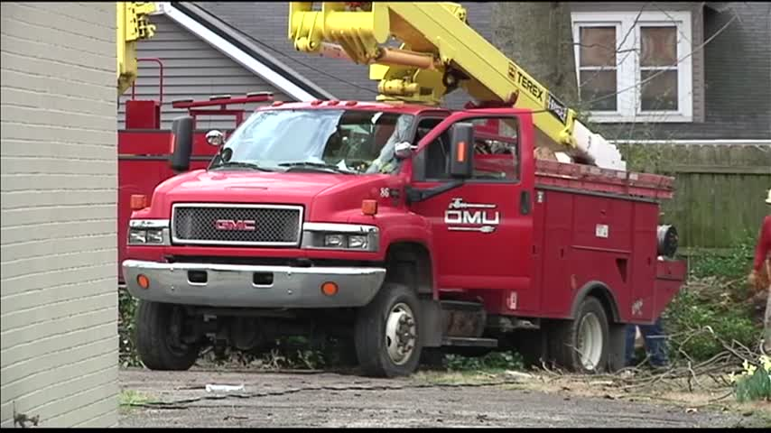 Power Restored in WKY After the Storm_41654223