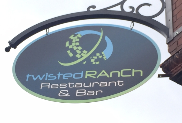 TWISTED RANCH WEB LOGO_1490630169435.jpg