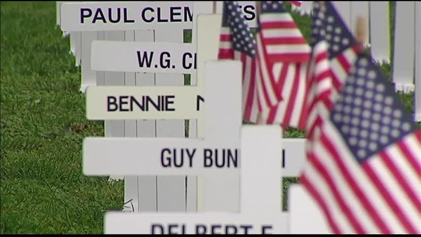 More Than 5-000 Crosses Set Up for Henderson Memorial Day_88718970