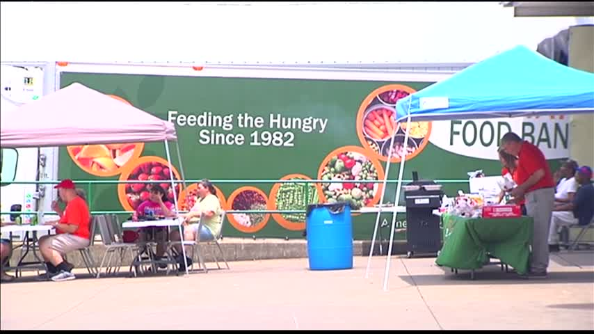Tri-State Food Bank Celebrates 35 Years_48010041