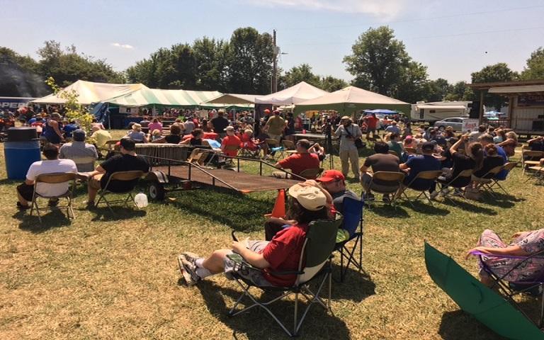 Eclipse watching in Kelly, Kentucky_1503365835872.jpg