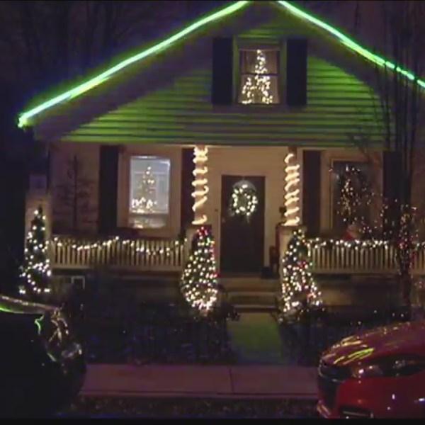 Marshall Ave. Christmas Light Display