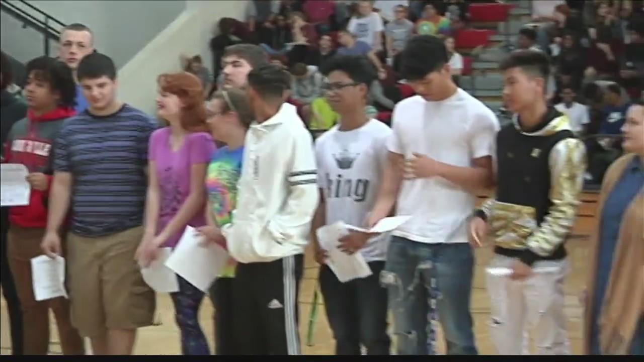Owensboro_High_School_Hosts_College_Deci_0_20180515010950