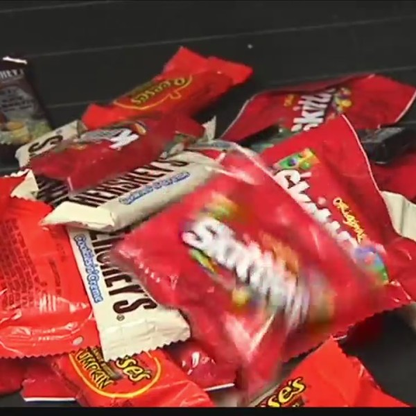 Trick_or_treating_safety_tips_0_20181030232829