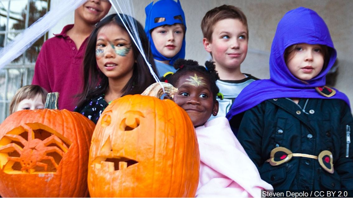 trick-or-treaters FOR WEB_1540975761238.JPG.jpg