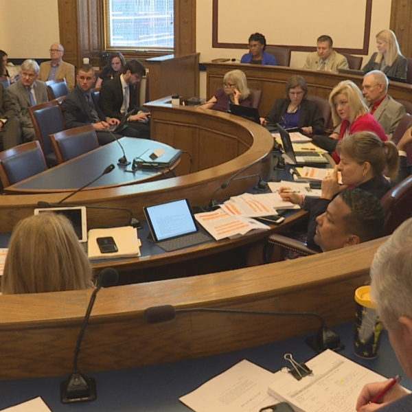 Indiana budget battle continues at Statehouse