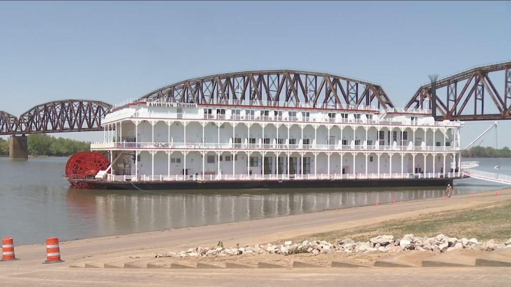 American Duchess riverboat in Henderson