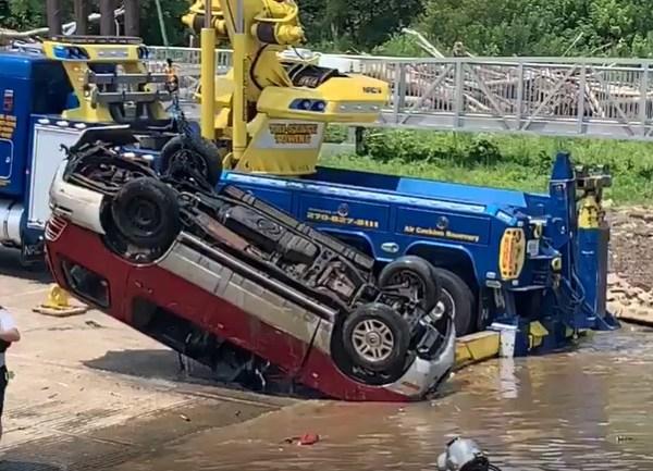 SUV in Ohio River
